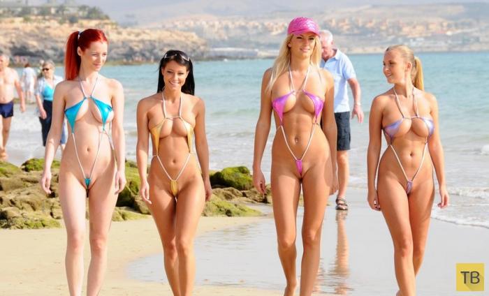 популярности возрастанию в микро купальнике на пляже видео Поволжье