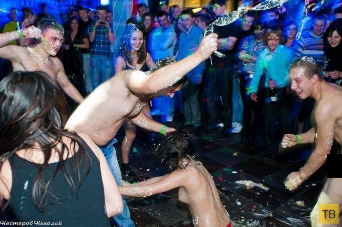 Ню вечеринки фото