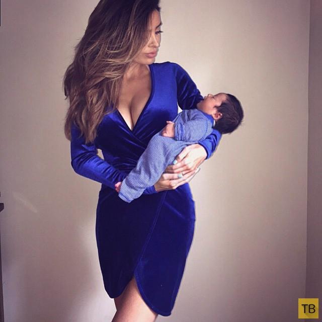 Фото беременной модели