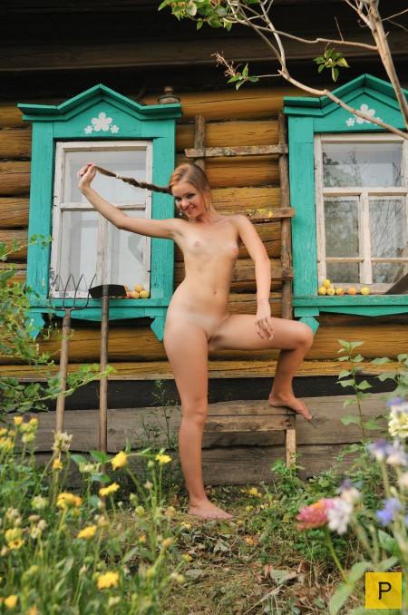 голые в деревне фото