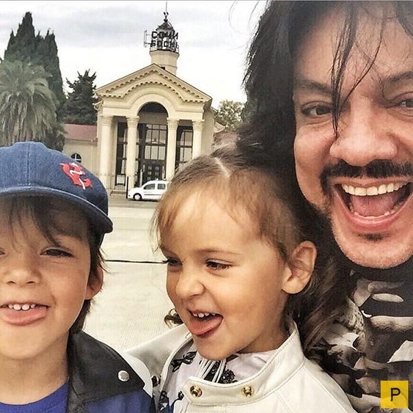 звёзды со своими детьми фото