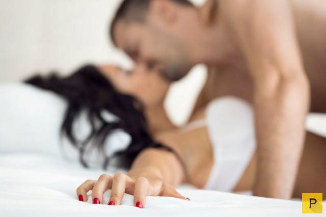 Топ 9: Лживые фразы девушек об интиме (9 фото)