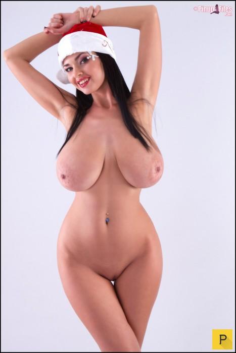 Большой голый бюст фото