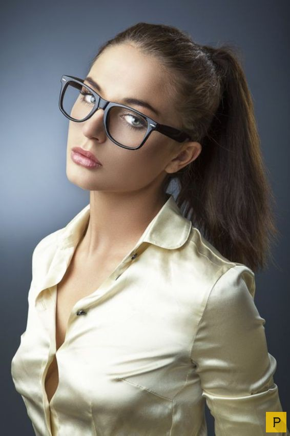 man wearing glasses is penetrating sweet brunette wildly  273238