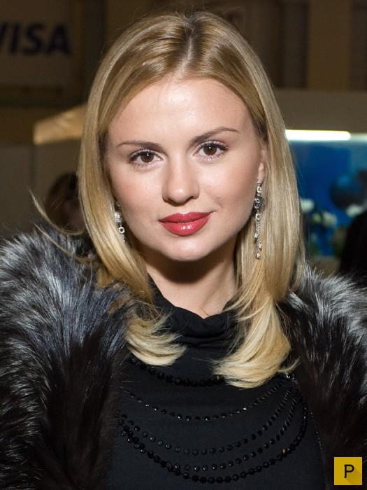Как изменилась за 20 лет Анна Семенович (23 фото)