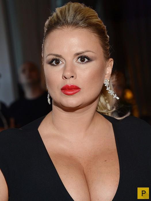 Анна Семенович в голом платье фото новости 2018  Woman