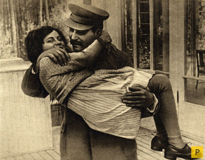 Крис Эванс (Chrese Evanse) - родная внучка Сталина (10 фото)
