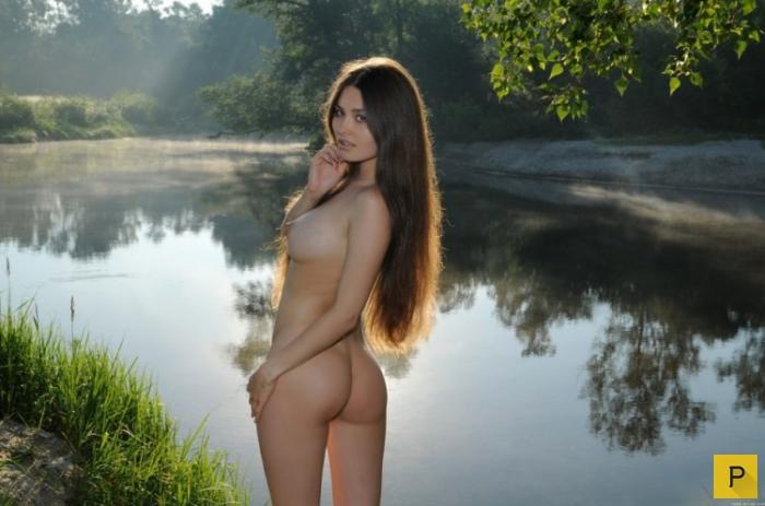 golaya-krasavitsa-russkaya-foto