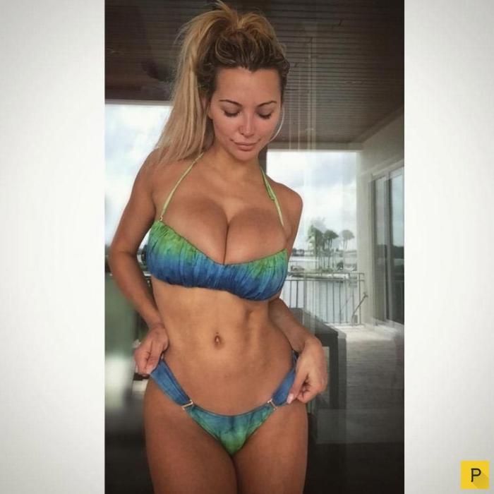 Фитнес-звезда сети Instagram с огромной грудью (16 фото)