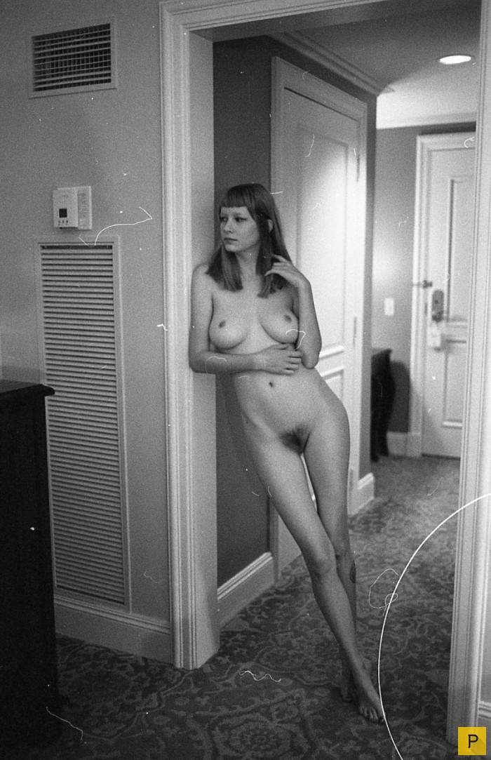 фото голые в быту