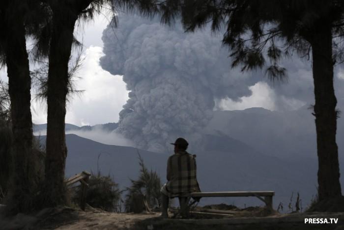 Извержения вулканов в 2016 году на нашей планете (18 фото)