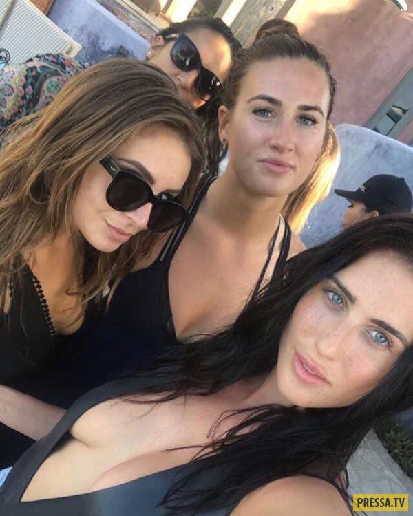 Загорелые девушки на летнем отдыхе (40 фото)