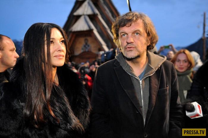 Моника Беллуччи прилетела в Москву с Эмиром Кустурицей на презентацию нового фильма (фото)