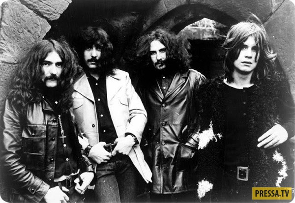 Как выглядели культовые рок-группы на заре карьеры (21 фото)