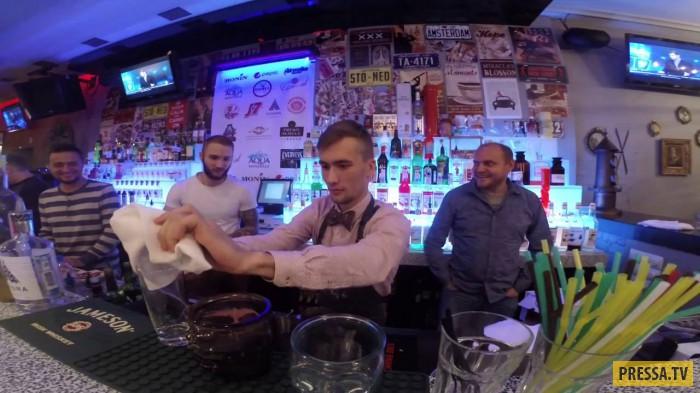 Шустрый бармен