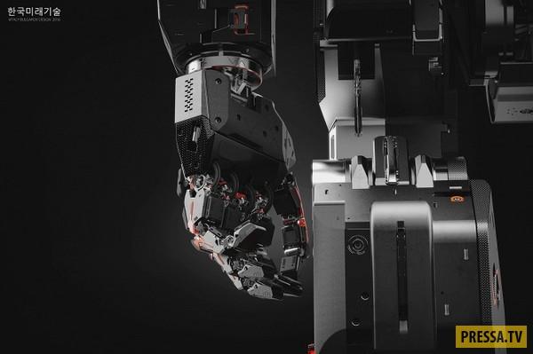 Создан огромный человекоподобный робот (8 фото)