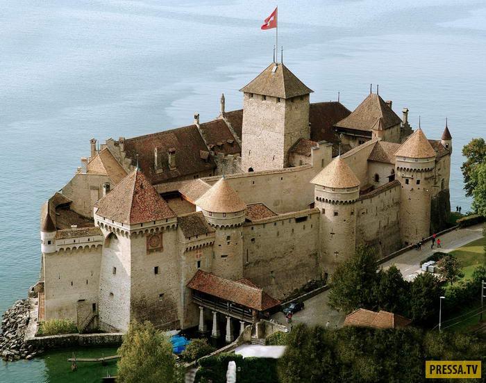 ТОП-10 красивейших замков со всей нашей планеты (10 фото)