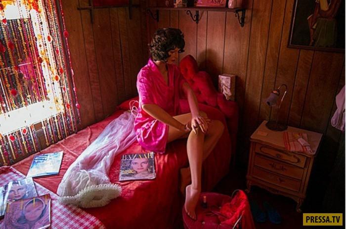 """Необычный музей в американском штате Айдахо - бордель """"Оазис"""" (8 фото)"""