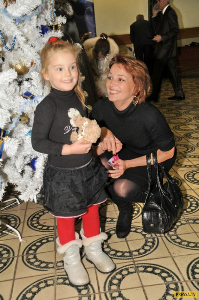 Евгения - дочь Александра Абдулова (6 фото)