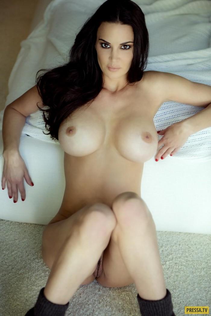 Черноглазая красавица Tiffany Taylor с большой натуральной грудью (24 фото)