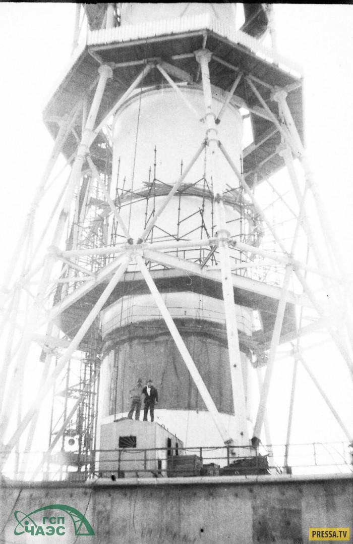 Уникальные кадры строительства на Чернобыльской АЭС за несколько лет до аварии (18 фото)