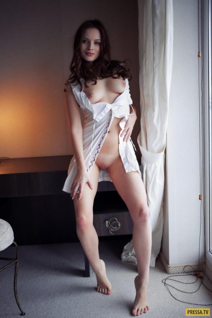 Красавица Selina с шикарной фигурой (19 фото)