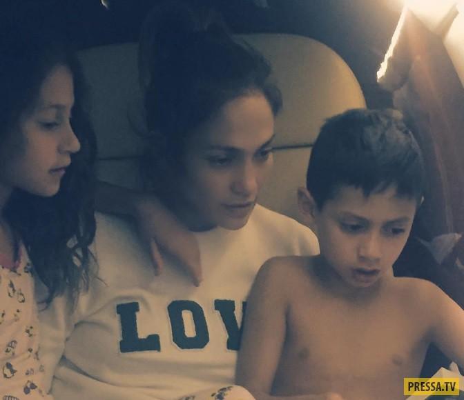 Зарубежные звезды с двойней в семье ( 11 фото)
