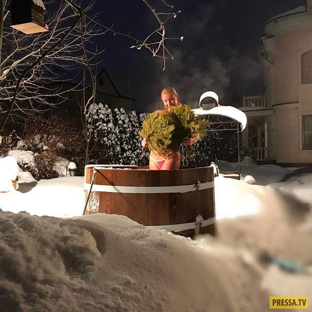 """Анастасия Волочкова: """"Сразу после бани - в снег!"""" (5 фото)"""