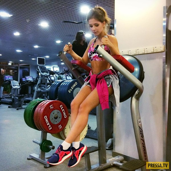 """Бывшая """"Папина дочка"""" Лиза Арзамасова находит время для занятий спортом (9 фото)"""