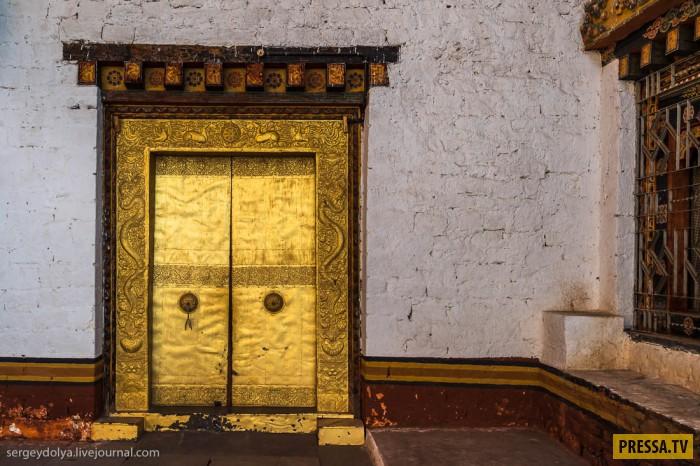 Как маленький Бутан воевал с Индией (30 фото)