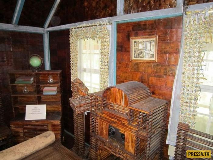 Уникальный дом из газет в Рокпорте (8 фото)