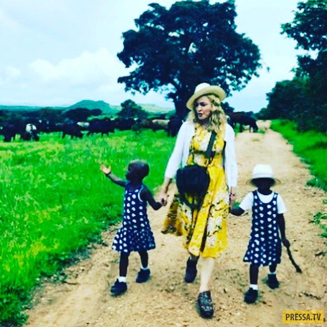 Мадонна стала мамой двух африканских девочек-близнецов (2 фото)