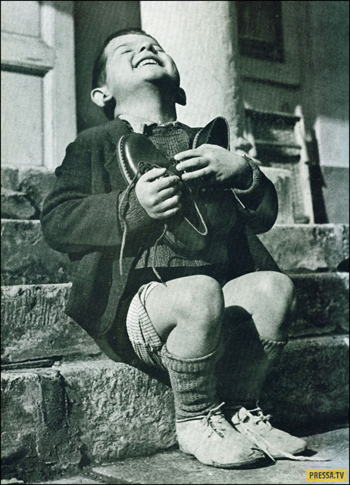 Редкие фотографии исторических событий и известных людей (43 фото)