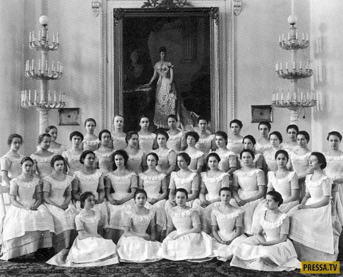 Смольный институт благородных девиц (30 фото)