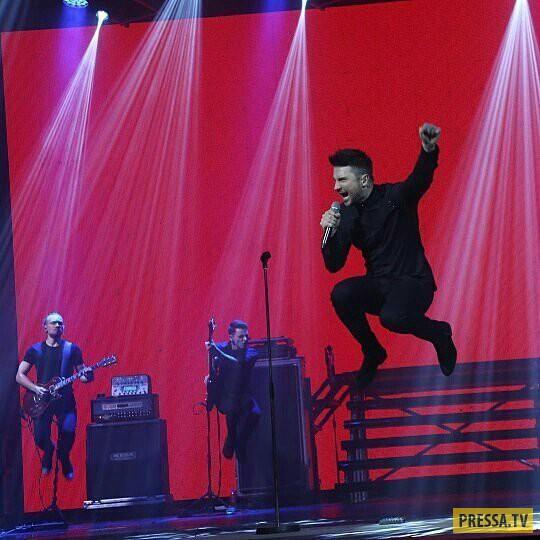 Сергей Лазарев вывел сына на сцену (4 фото)