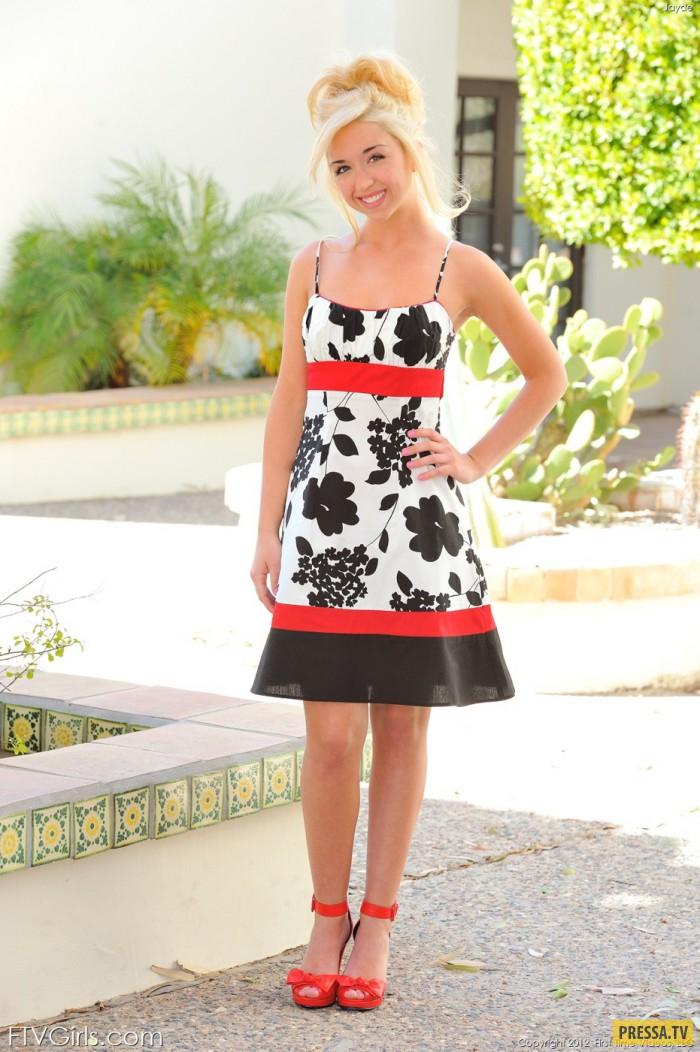 Симпатичная миниатюрная блондинка Jayde (19 фото)