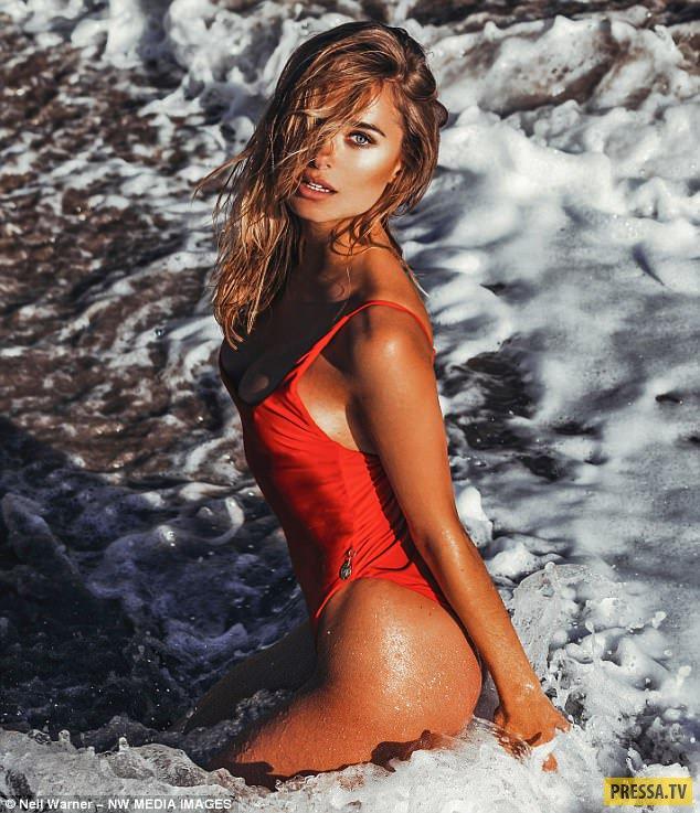 Горячая красотка Кимберли Гарнер в откровенной фотосессии на Ибице (9 фото)