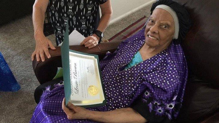 Скончалась самая старая женщина США