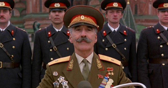 Известные голливудские актеры, которые сыграли российских и советских персонажей