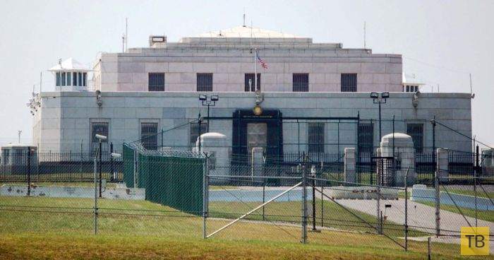 Золотохранилище США в Форт Ноксе (4 фото)