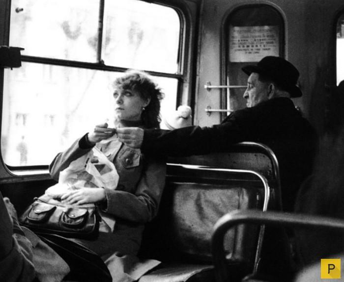 обязательно писать ностальгические фотографии советского прошлого каждого второго