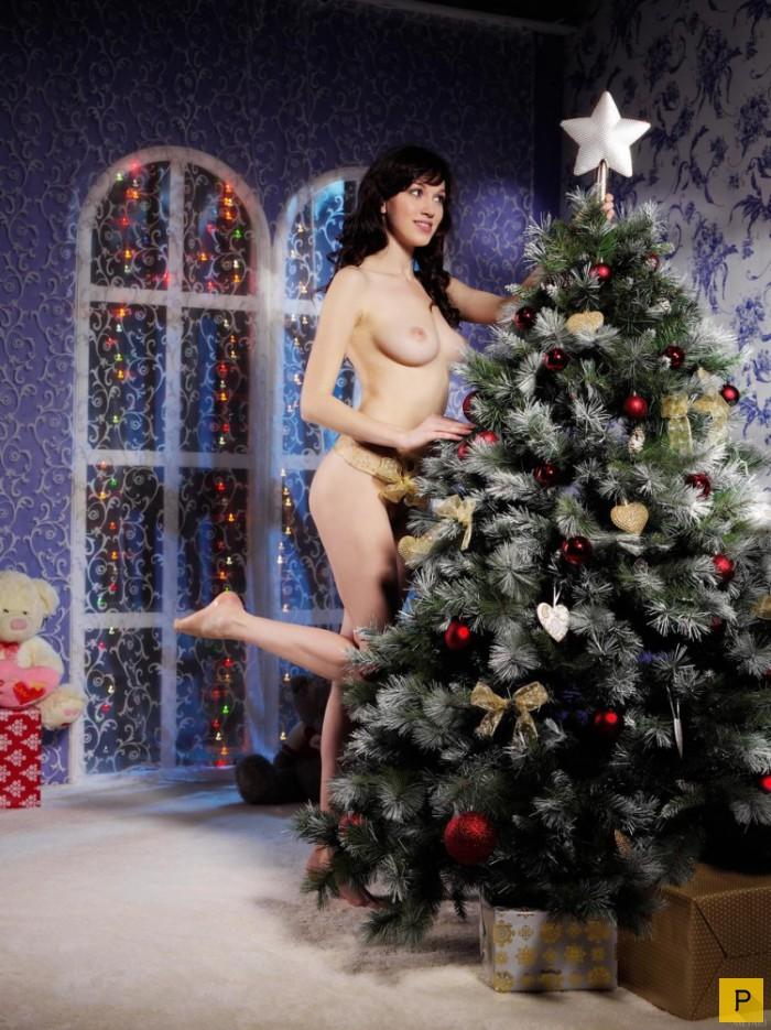 Порно елка калуга, частное фото пьяные голые