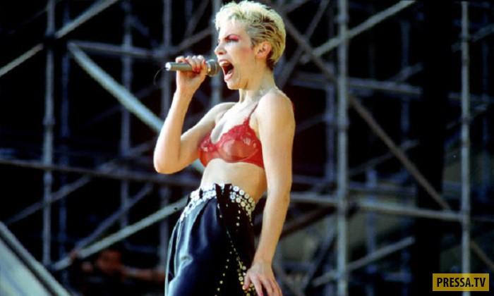Имена известных зарубежных певцов поп музыки, трахнуть каким можно предметом себя