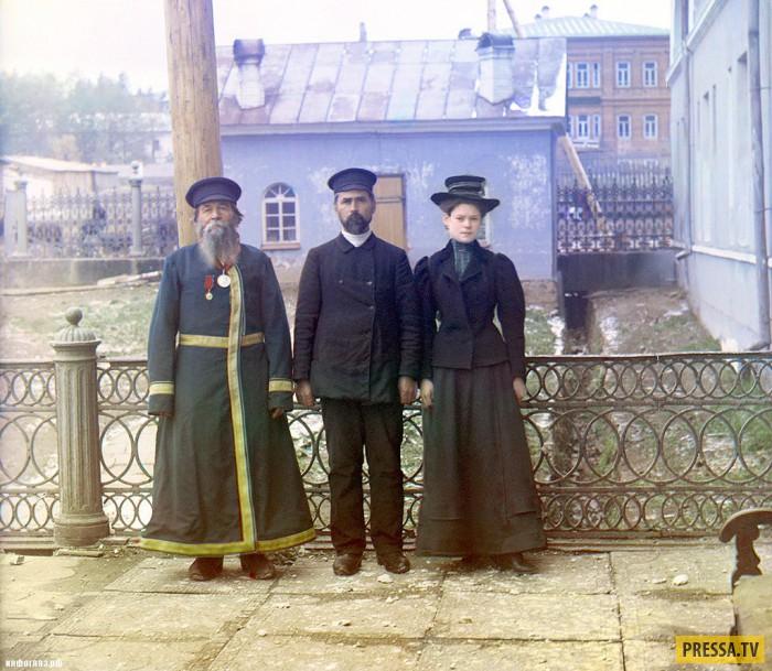 Сколько получал и как жил чиновник в царской России?