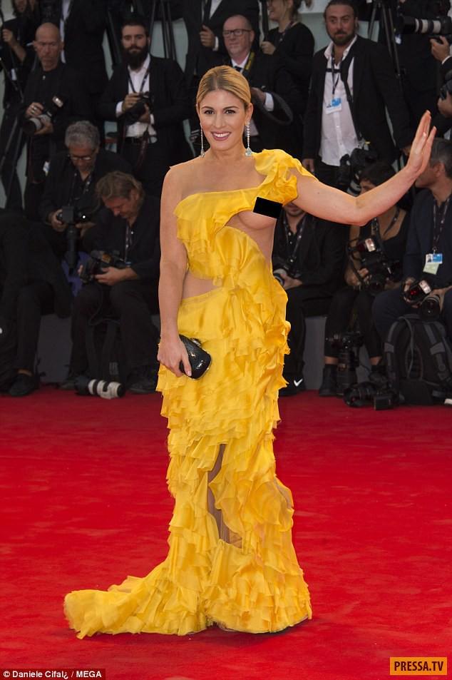 хофит голан фото в желтом платье оно было обнаружено