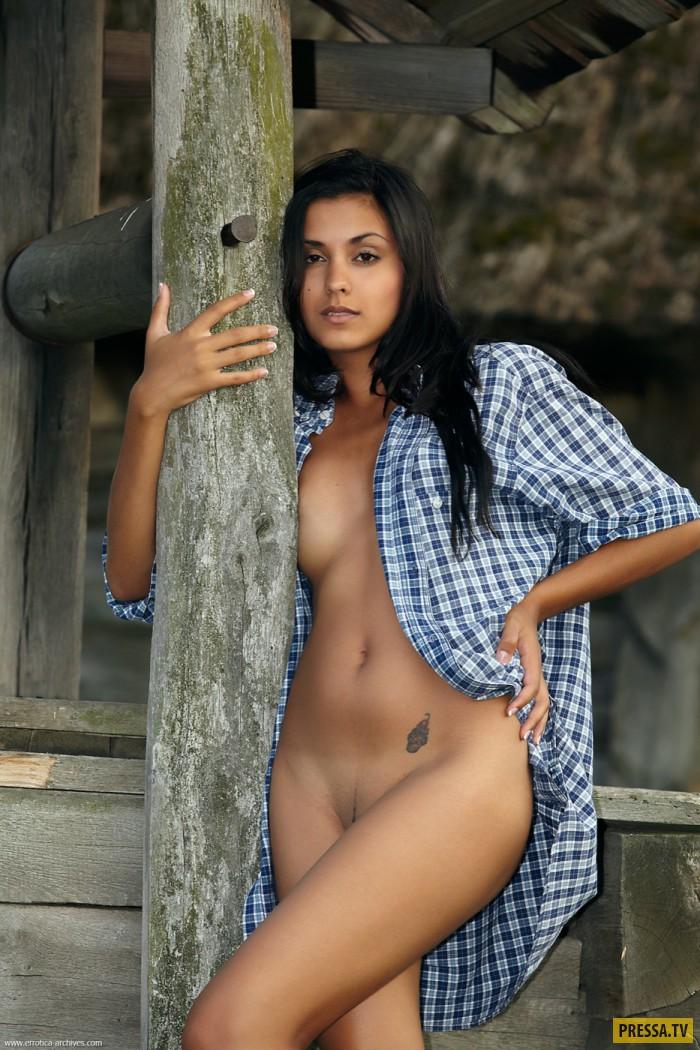 Индианки голые в чулках фото 3