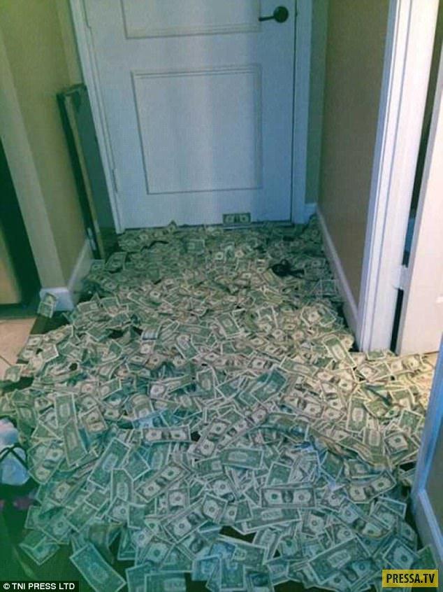 сейчас комната с деньгами для фотографий был изначально