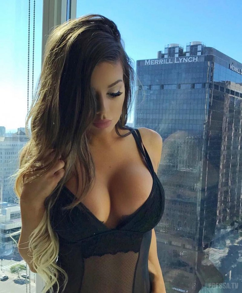Busty brunette takes it extreme