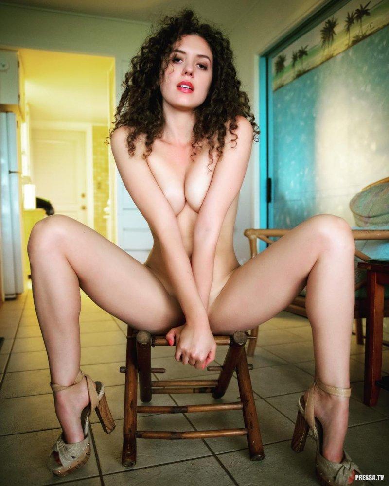 legs-qvc-naked-sarah-white