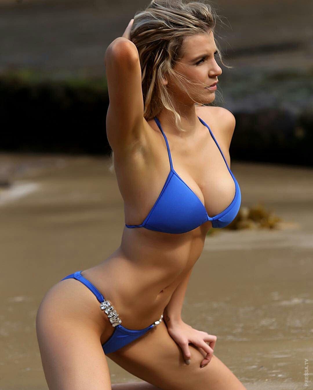 Stream bikini babes